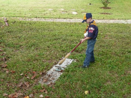 008-scouts-cemetery-cleanup.jpg