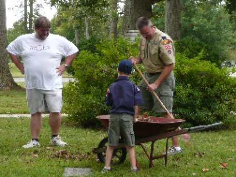 010-scouts-cemetery-cleanup.jpg