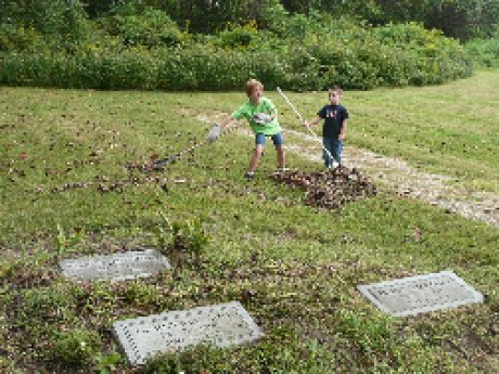 013-scouts-cemetery-cleanup.jpg